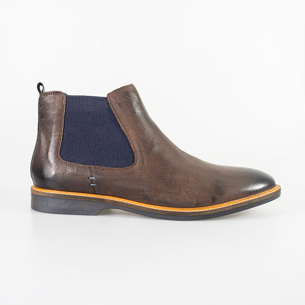 Arizona Rust Brown Boots