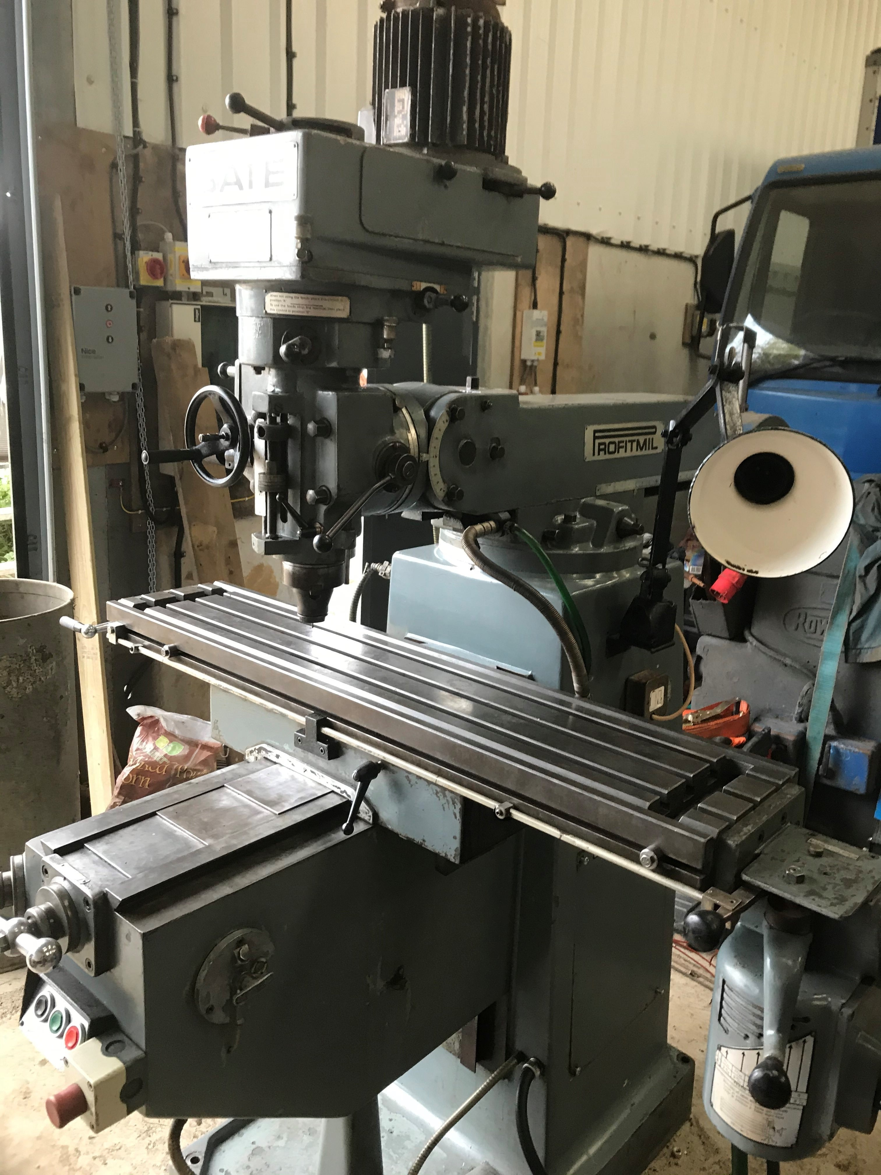 Gate Milling machine