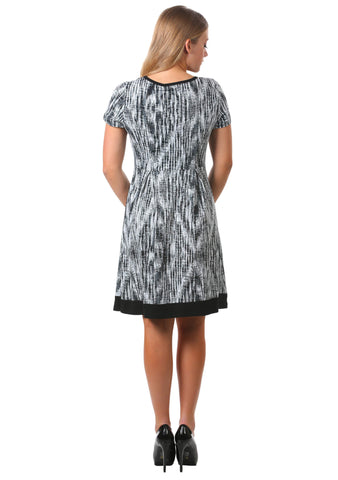 Printed Keyhole Box Pleat Dress in Grey