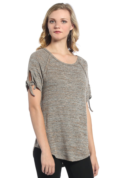 Basic Knot Sleeve Tee in Taupe
