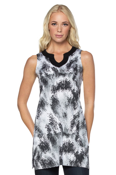 Black/White Tunic Top