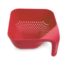 MEDIUM SQUARE COLANDER RED