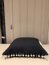 Load image into Gallery viewer, Black Shell Tasstle Detail Linen Cushion