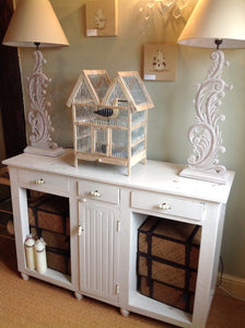 Shabby chic distressed solid mango wood console table in F&B white tie Distressed
