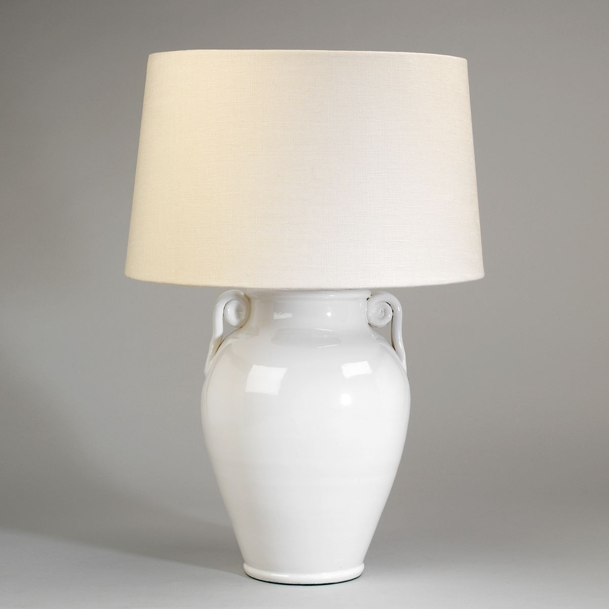 Acerra Ceramic Vase Table Lamp | Nicholas Engert Interiors