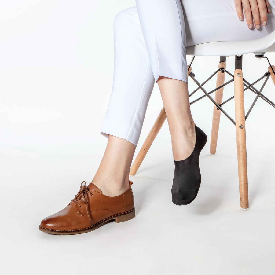 No-show socks for women, pairs perfectly with Oxford loafers.