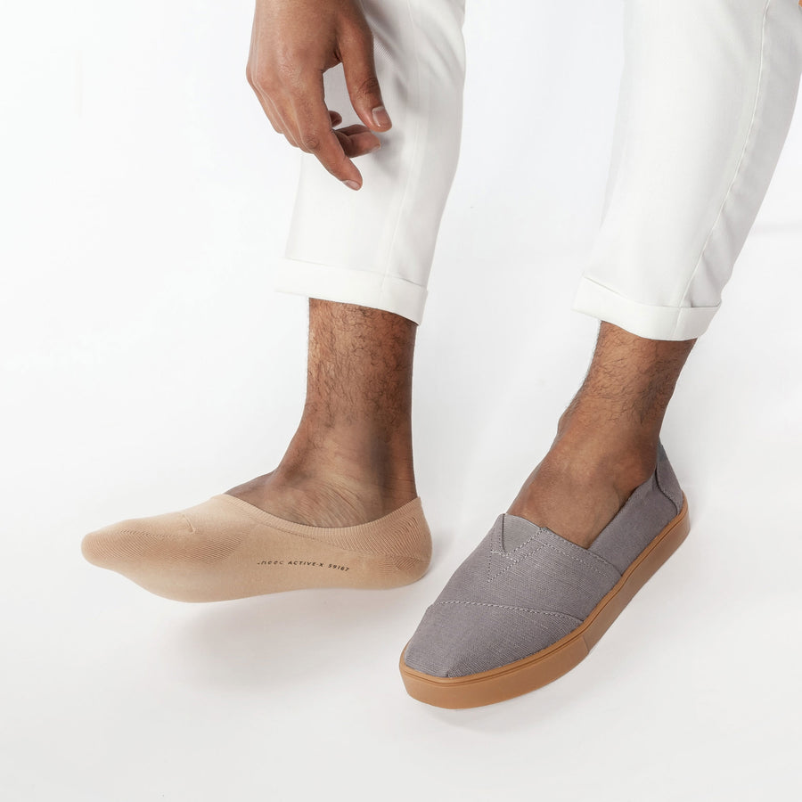 No show socks for men, pairs perfectly with men's slip on shoes.