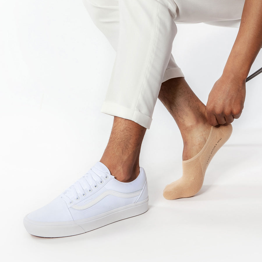 No show socks for men, pairs perfectly with men's sneakers.
