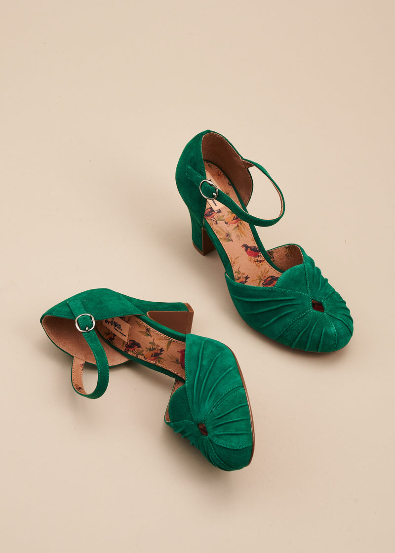 Amber in soft Kelly green suede is a vintage inspired, two part bar shoe with 8cm heel and ruched detailing on the toe. By designer Miss L Fire.