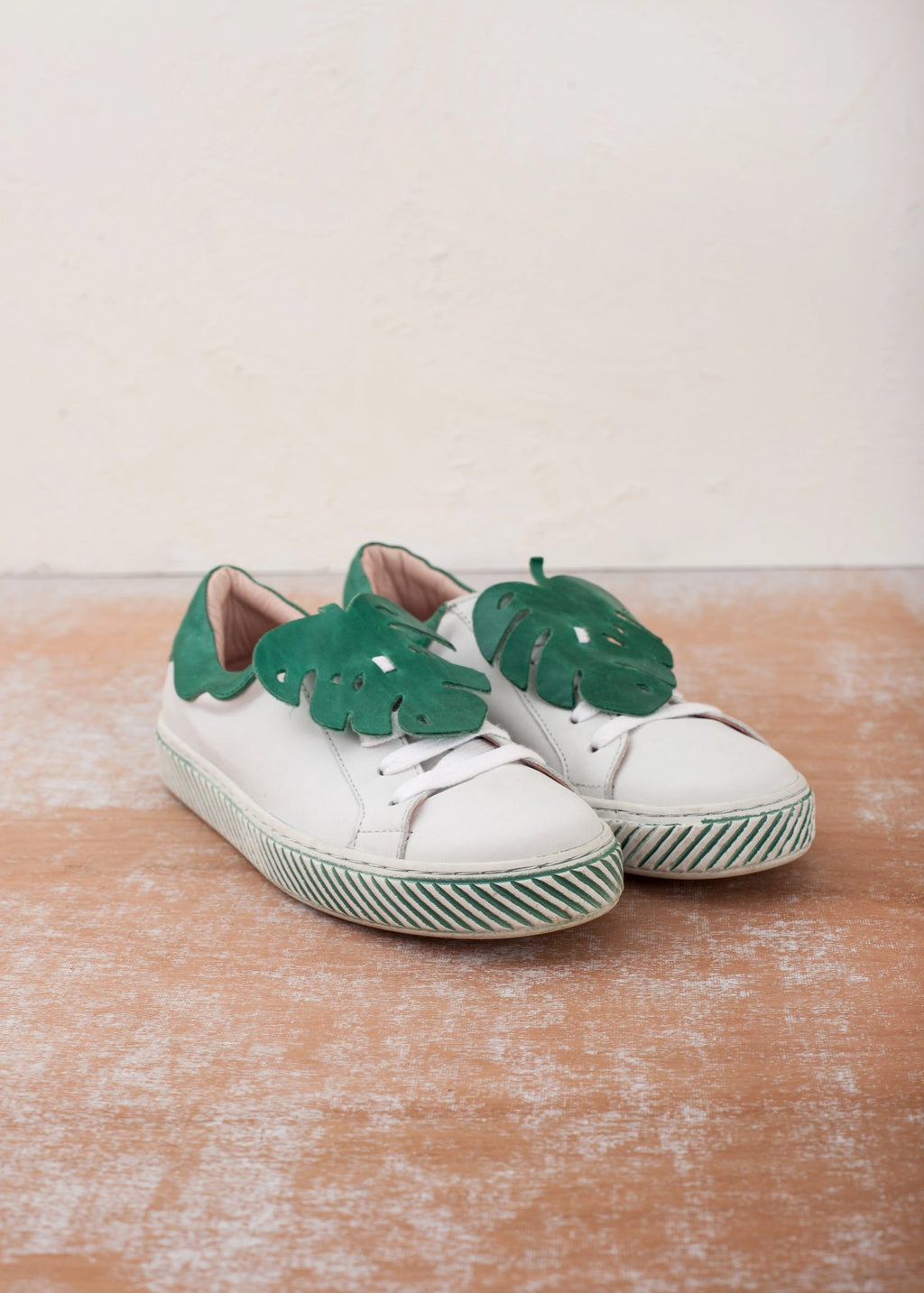 Monstera White Leather Sneakers with Removable Leaf Trim