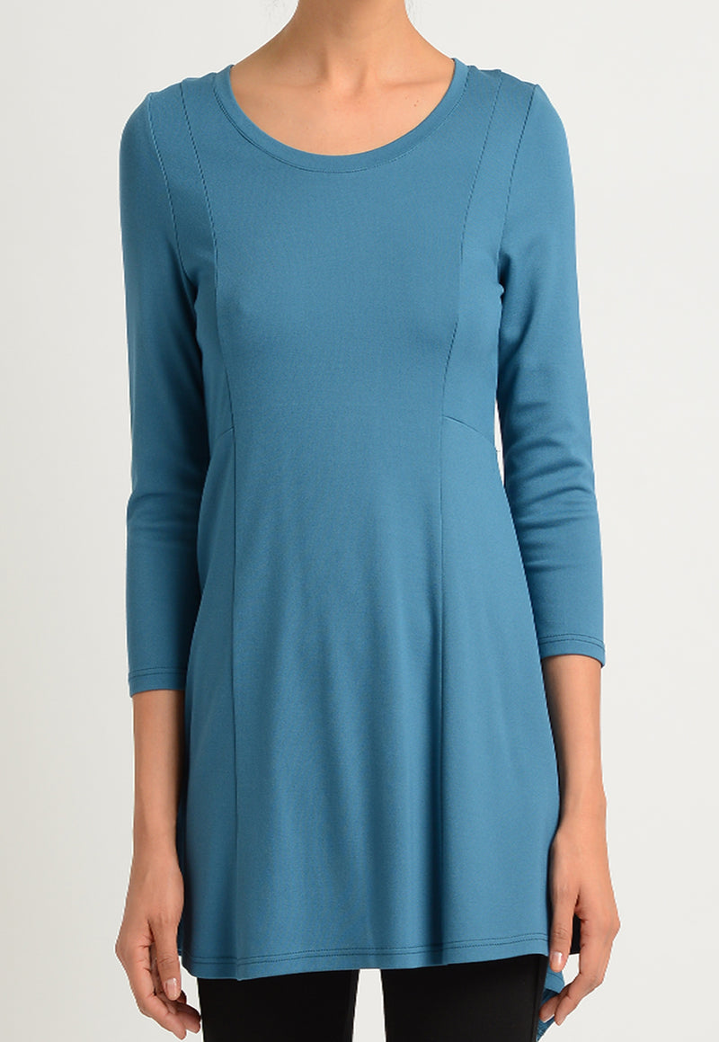 3/4 Sleeve Scoop Neck Tunic with Back Detail