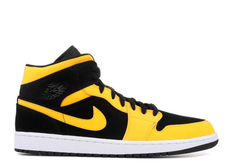 "Air Jordan 1 Mid ""Reverse New Love"""