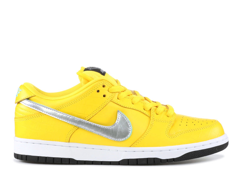 Nike Dunk Low SB Canary Friends & Family