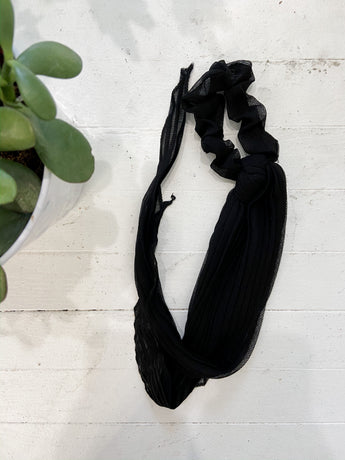 Pleated Solid Scarf Scrunchies in Black