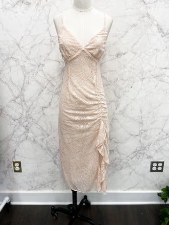 Keira Ruched Lace Midi Dress in Blush