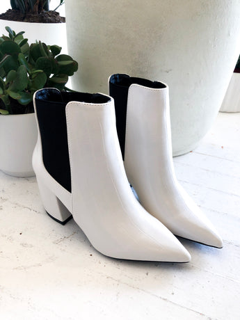 Milkway Chelsea Boots in White