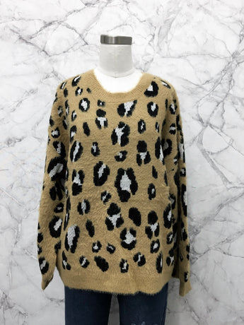 Samuel Sweater in Taupe Leopard