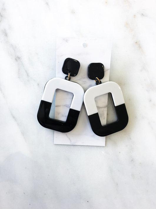 Vera Acrylic Earrings in Black and White