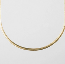 Load image into Gallery viewer, Snake Necklace in Gold