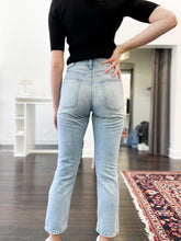 Load image into Gallery viewer, Arya Girlfriend Jeans in Light Wash - FINAL SALE
