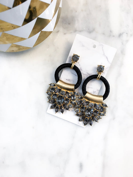 Garland Earrings in Black