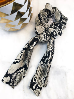 Scarf Scrunchie in Ivory Snake