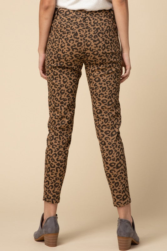GIVE IT A REST LEOPARD PANT