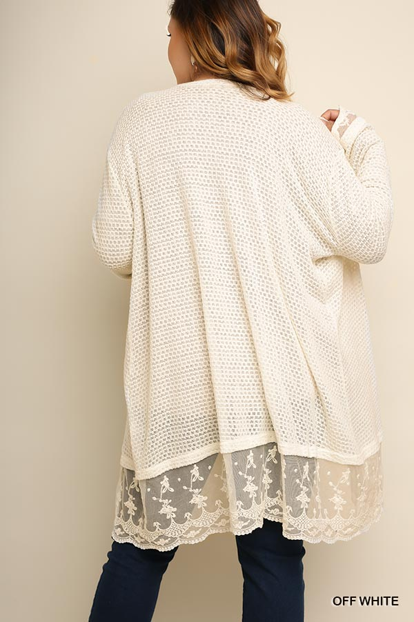PLUS KEEP YOUR CLASS LACE CARDI