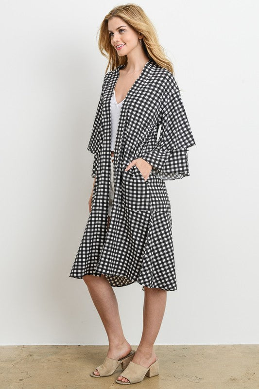 NEEDING SOMETHING NEW SQUARE KIMONO