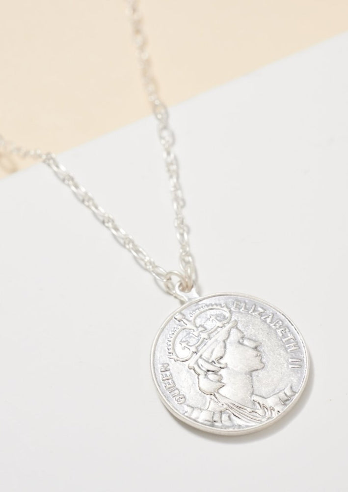 The Zoe Metal Coin Necklace | Silver