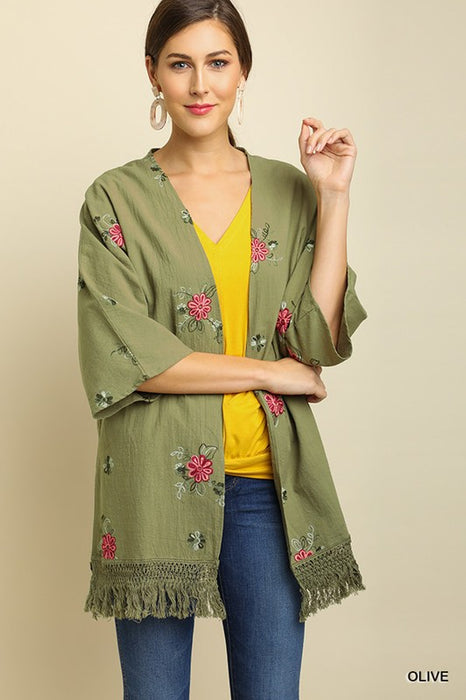 JUST FEELS RIGHT FLORAL KIMONO