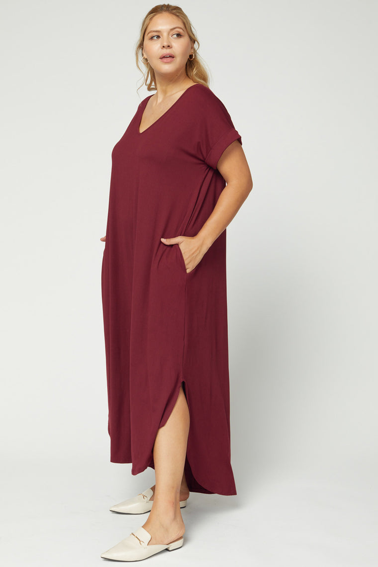 CURVY AUTUMN BREEZE BURGUNDY MAXI DRESS