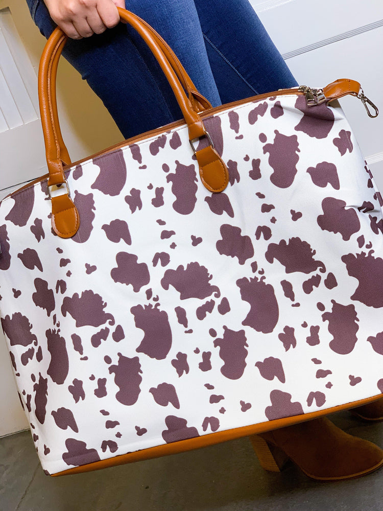 Load image into Gallery viewer, THE WEEKENDER BAG - COW - shopbellabird
