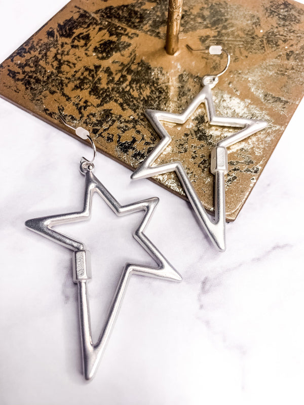 MATERIAL GIRL STAR SILVER LOCK EARRING