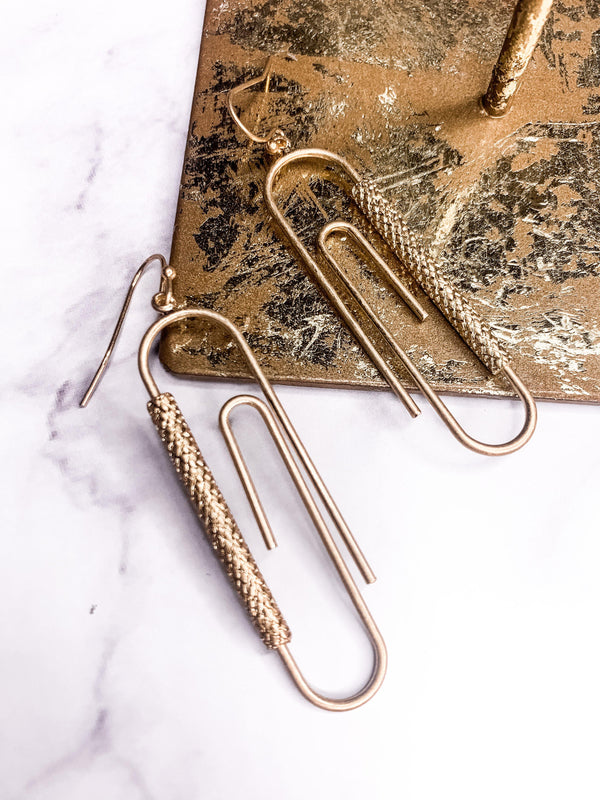OFFICE LADY PAPER CLIP GOLD EARRING