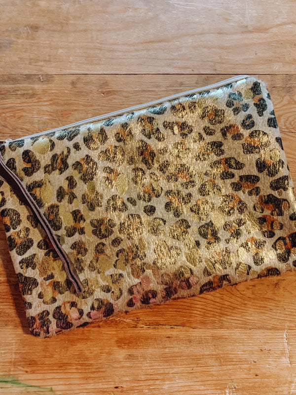 WILD, WILD WEST LEATHER HIDE DOUBLE SIDED WRISTLET (B)