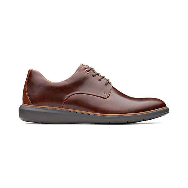 Clarks Un Voyage Plain Mens Shoes Rich Mahogany