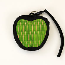 11-9APPLE Apple Shape Coinpurse/Keychain Holder w/ Wristlet