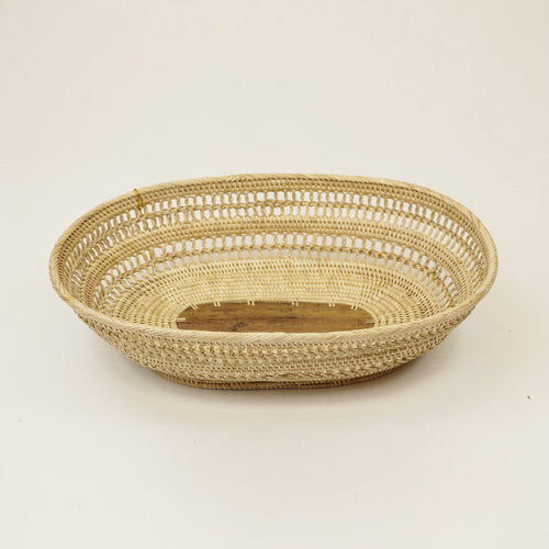 Oval Deluxe Bowl, Open Weave Design w/ Palm Leaf Center