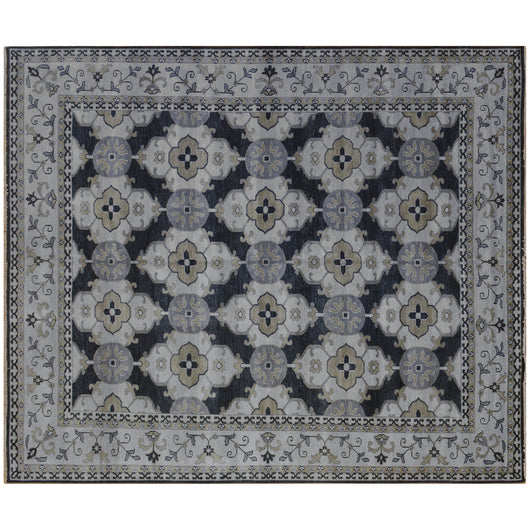 Traditional Area Rug in Charcoal and Silver