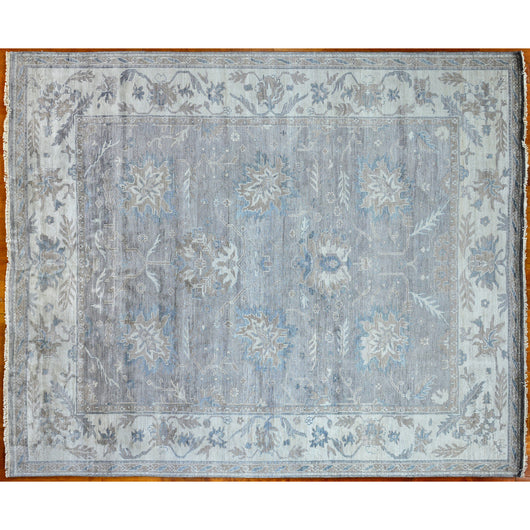 Traditional Floral Leaf Design in Beige, Taupe and Blue