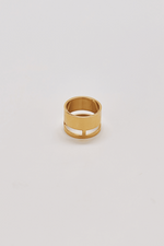 GEO WIDE BAR GOLD RING
