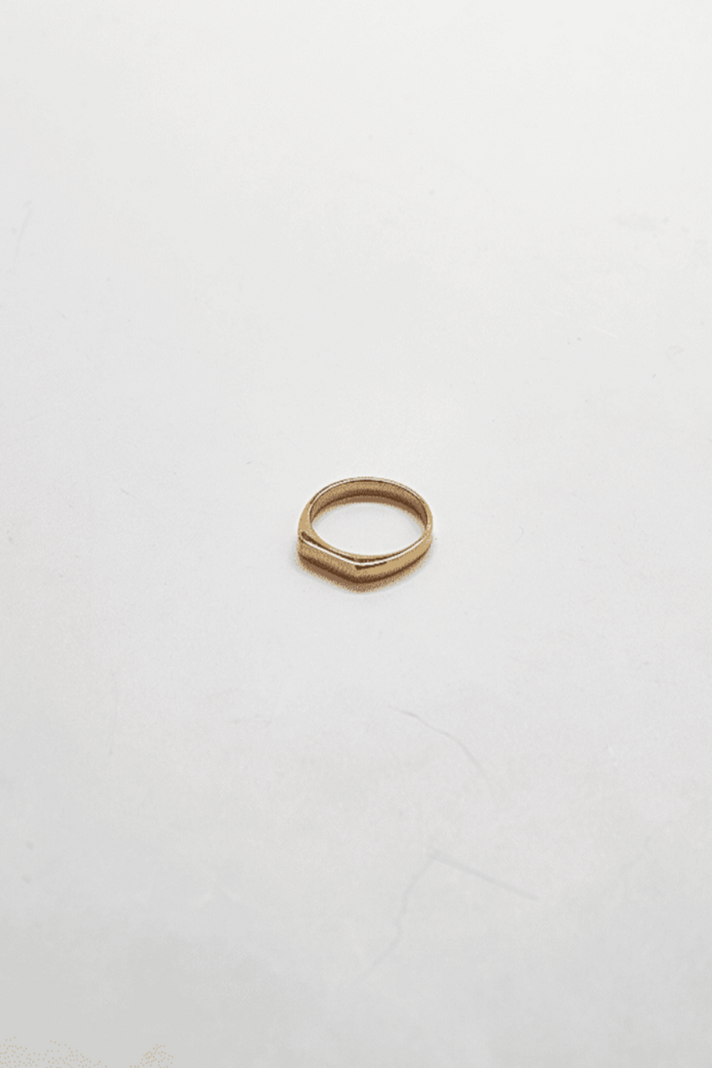 FLAT TOP GOLD RING