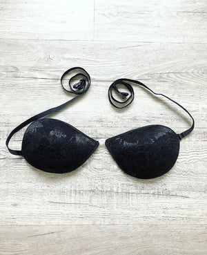CAPTIVATE (STICK-ON-BRA ) NUDE & BLACK