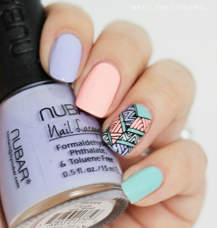 Aztec nail pattern on astralriles.com