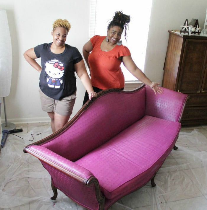 Me and Lakaye - vintage sofa on astralriles.com