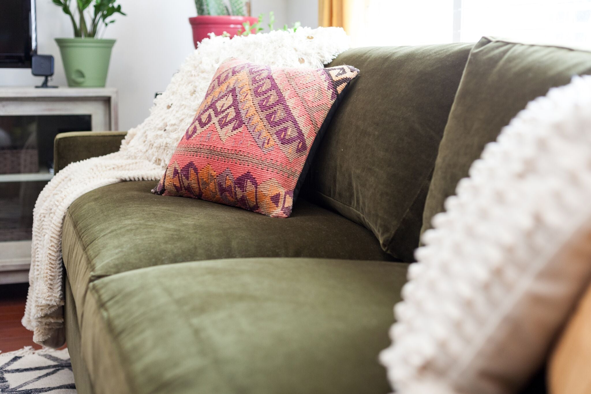 feature - How To Decorate Using A Green Velvet Sofa on astral riles blog