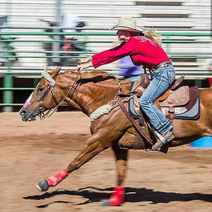 Dusdee Shepperson, barrel racing