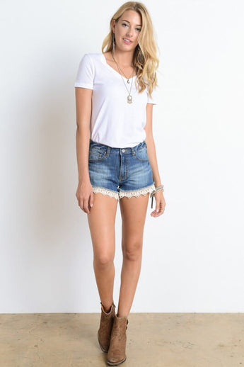 Sweet Caroline Jean Short -medium wash jeans with crochet bottom edge detail - Lucy and Lou Boutique - www.lucyandlou.com