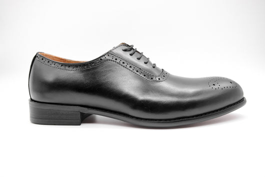 Dej Black Whole cut Medallion Brogues